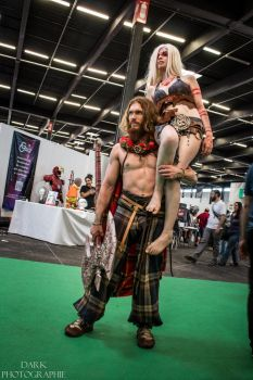 Tragicomix and Durga : Gaul and Barbarian cosplay by Carancerth
