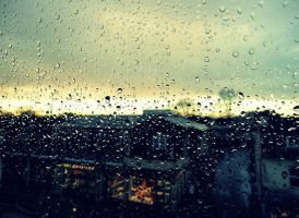 Rain on the window pane by innoceneyes
