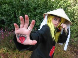 Deidara is waiting .. by Oomphgirl009