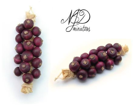 String of Red Onions - NJD Miniatures by NJD-Miniatures