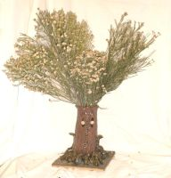 Ent 2 with Desert Broom Foliage by aberrantceramics