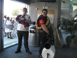 SacAnime Cosplay: Medic and Heavy by wolfforce58