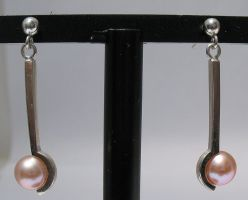 Pink Pear Drop Earrings by Utinni