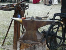 anvil and tools by two-ladies-stocks
