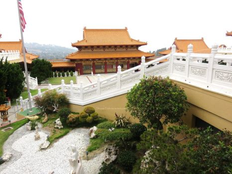 a personal perspective of the hsi lai temple The buddhist perspective on life los angeles hsi lai temple fgs of the 1st milton cub pack came to visit fo guang shan temple and had a.
