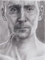 Tom Hiddleston Coriolanus Drawing by Helenhsd