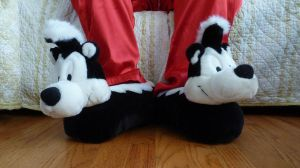 Pepe Le Pew slippers by ExileLink