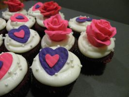 Valentines Day Cupcakes 2 by cake-engineering