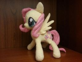 Fluttershy by Quantico