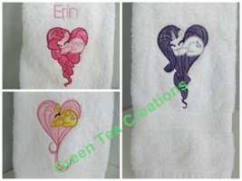 Sleeping heart pony hand towels by GreenTeaCreations