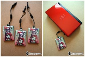 Harley Quinn and Poison Ivy Phone Charms by DragonBeak