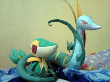 Snivy and Serperior by riolushinx