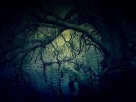 Creepy Lake by marjol3in1977