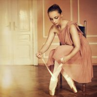 En Pointe by DarkVenusPersephonae