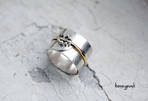 Sterling silver ring with gold by honeypunk