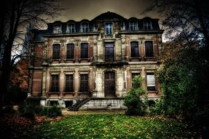 Urbex - Governor House by Bestarns