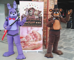 Welcome to Freddy Fazbear's Pizzeria!! by estefanoida