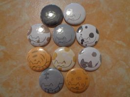 Cat buttons by FanaticalFactory