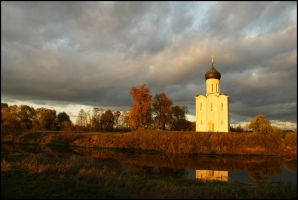 In Russia... autumn... by Nickdan