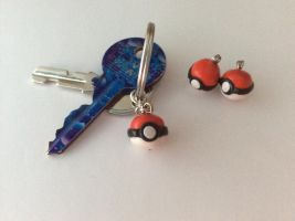 Pokeball charms by BlackberrySunshine