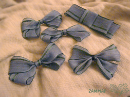 BlueGray and Green Net Bows by zammap