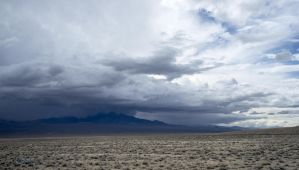 Lone Mtn Stormcell by katu01