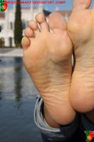 Beatrice Close Up - Right Foot by Footografo