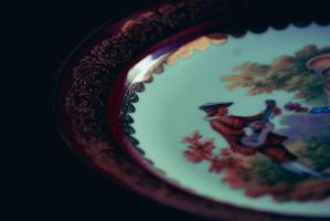 Plate by MoonlessNightGirl