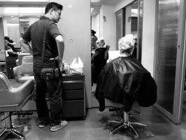 Couple at the Salon by bQw