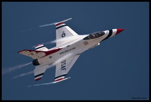 Airfest 2012 Thunderbirds II by AirshowDave