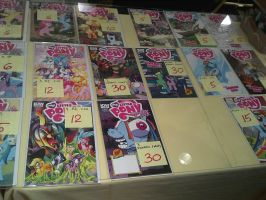 Big Apple PonyCon 2013 - IDW Variants Galore Pt. 1 by DestinyDecade