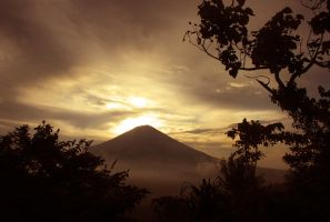 Mt.agung by souledien