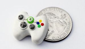 Mini XBox 360 Controller Pin by Bon-AppetEats