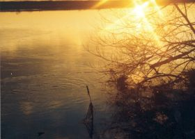 Sunset 5 over the river trent by tallon