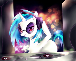 Vinyl Scratch by Haruliina