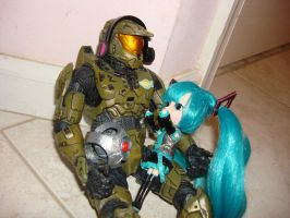 Master Chief, Miku Hatsune, and 343 Guilty Spark by Gubreez