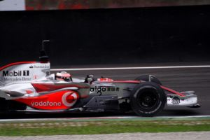 Test F. 1 2007 Alonso by luis75
