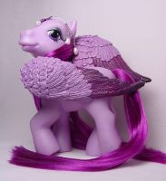 Purple Plume pegasus pony by Woosie