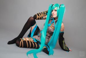 Hatsune Miku with Rope by BlackRoomPhoto