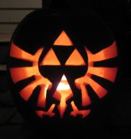 Triforce Pumpkin by ladybug95