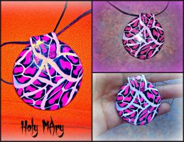 PiNK leopard pendant by Intellexia