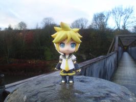 Len Stood On A Pillar by jen-den1