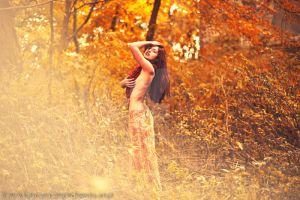 Lady of autumn III by cherrilady