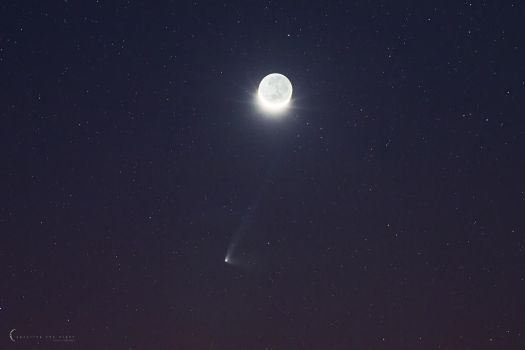 Comet and The Moon by CapturingTheNight