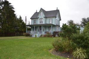 Victorian House 03 by FairieGoodMother