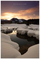 Snowy Snoqualmie by Raymaker