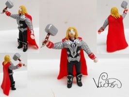 Thor by VictorCustomizer