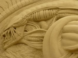 SandWorld Sculptures: Xenomorph by Bundles-Of-Fun