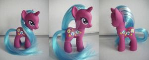 My little Pony Custom G4 FIM Beachball by BerryMouse