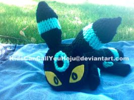 Shiny Umbreon Amigurumi Trade by KidsCanCallYouHoju